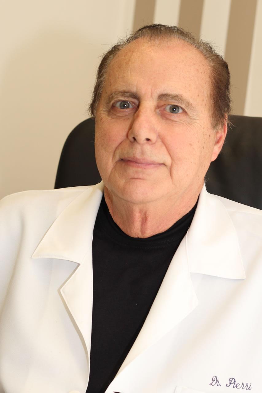 Dr. Carlos Alberto Pierri